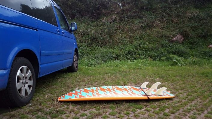 Softboard con furgoneta
