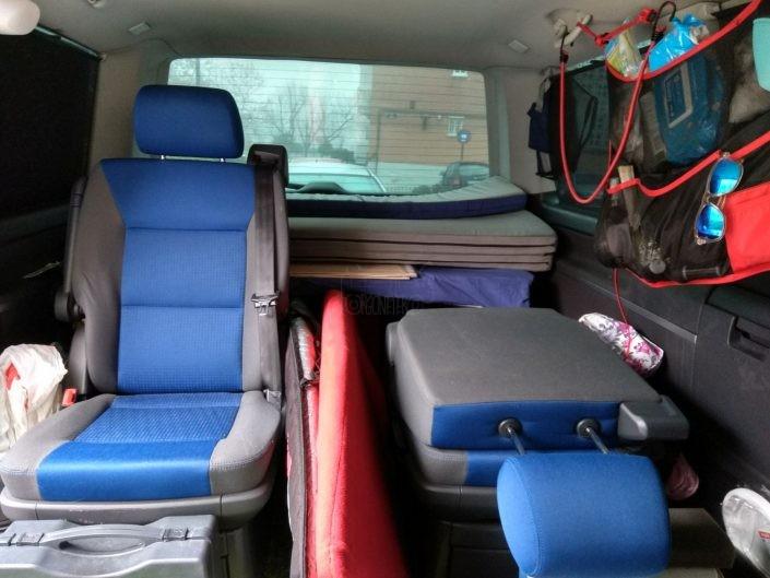 Transporte de tablas en el interior de la furgo