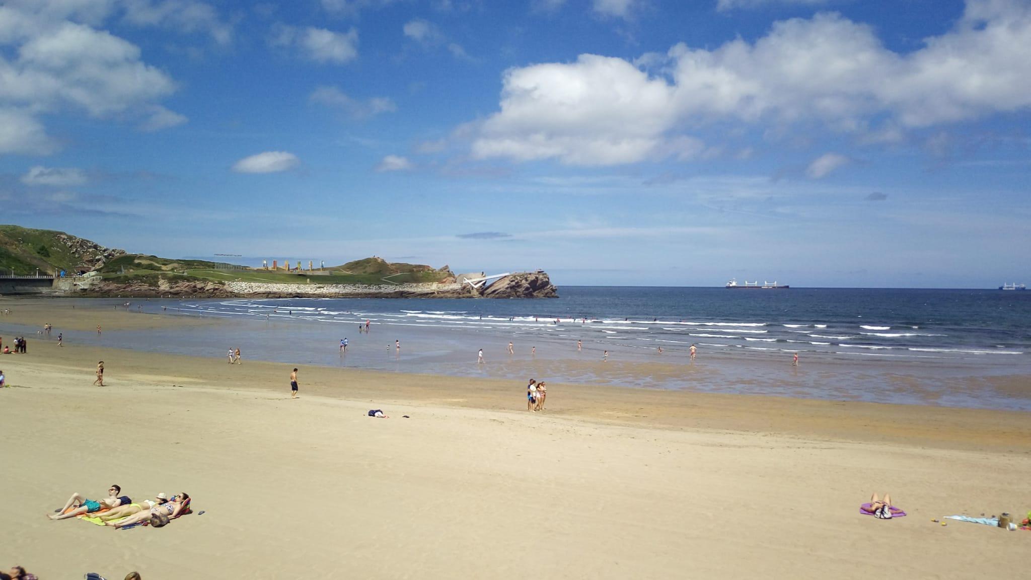 Playa de Salinas en Asturias